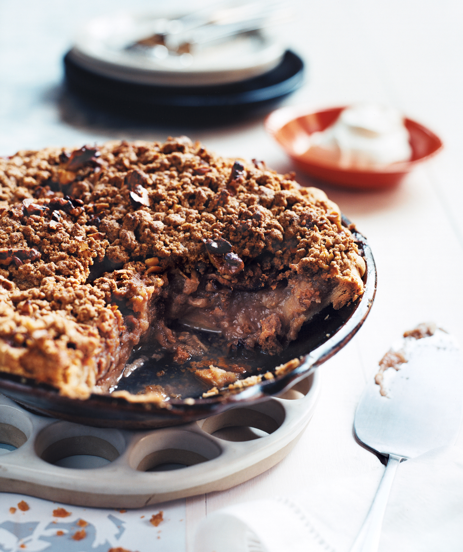 Apple and Pear Crumb Pie