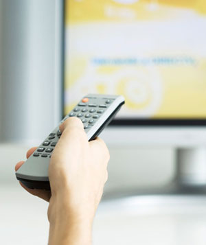 13 Productive Things to Do While Watching TV