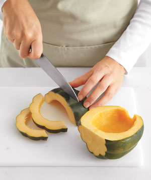 How to slice an acorn squash