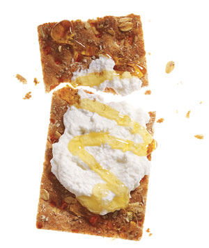 Multigrain cracker with part-skim ricotta and honey