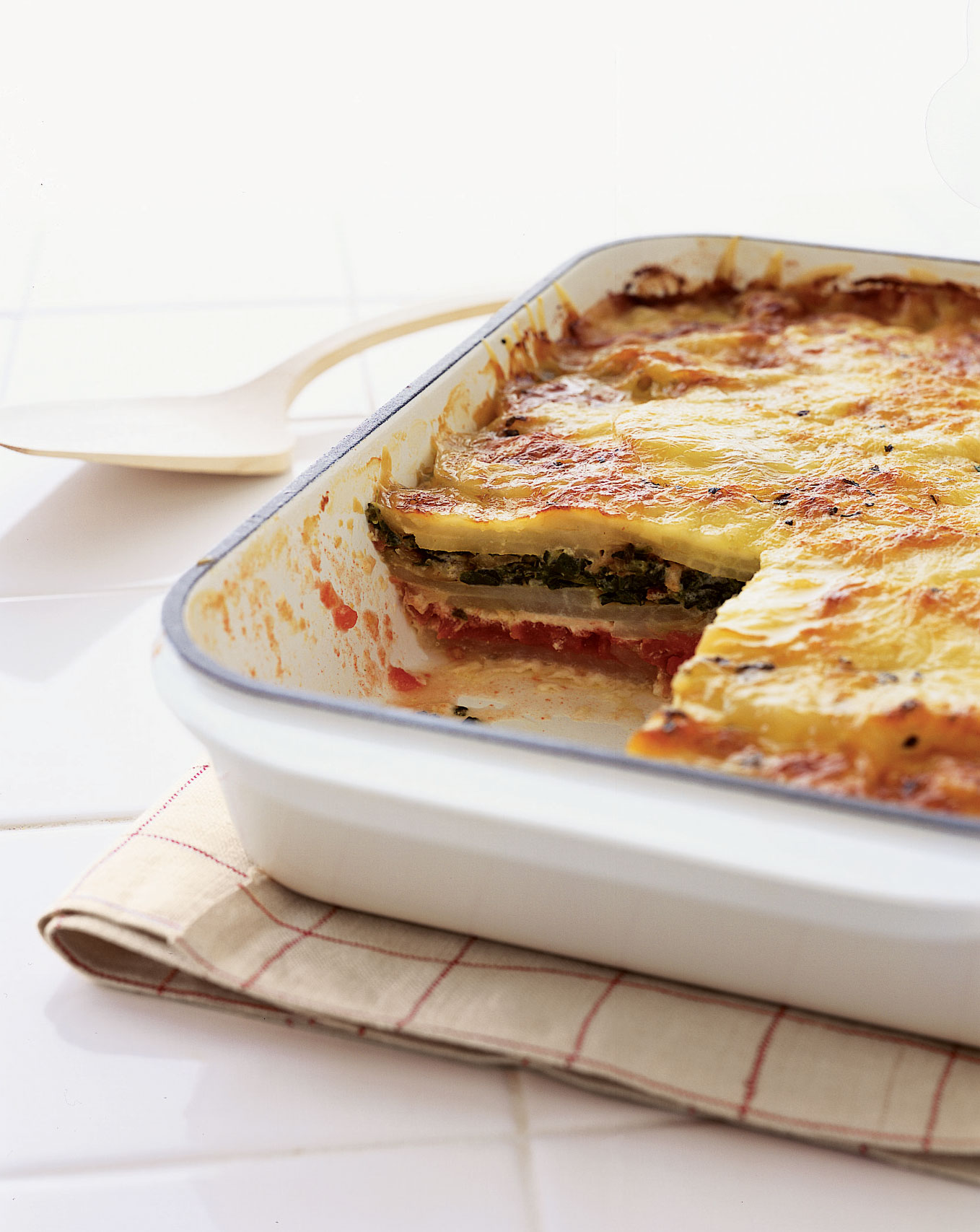 10 Easy Lasagna Recipes For The Ultimate One-Dish Meal