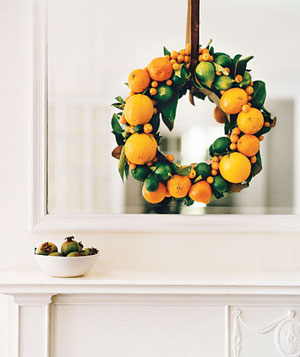 Citrus fruit wreath