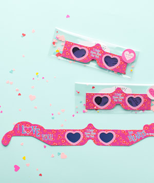 3D heart glasses