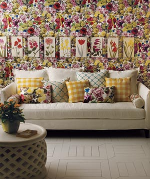Floral patterned room
