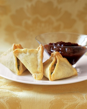 Indian food made easy real simple samosas forumfinder Gallery