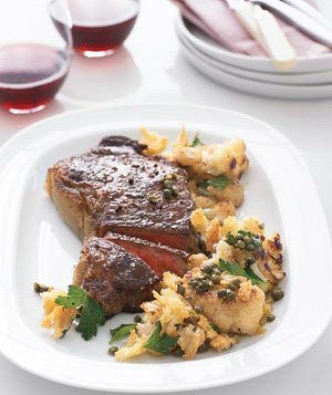 Steak With Cauliflower and Crisp Bread Crumbs