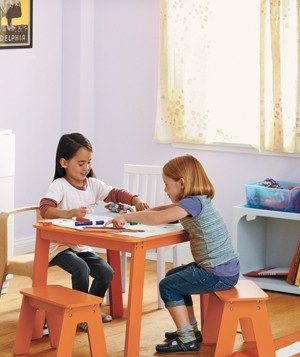 Kids play in room