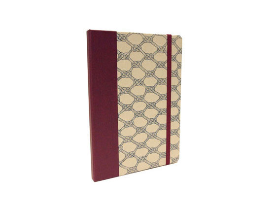 <p>Patterned DODOcase for iPad</p>
