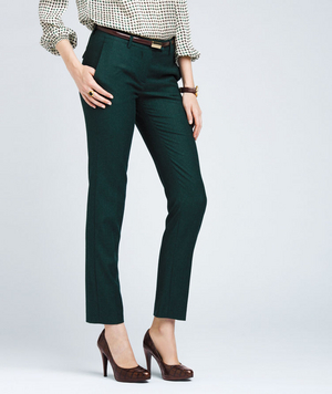 Woman Wearing Cropped Pants And Pumps