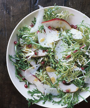 Frisée Salad With Pears and Manchego