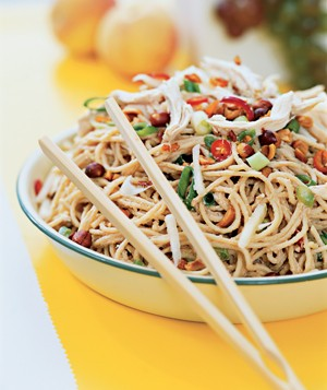 Peanut Noodles With Chicken and Pears