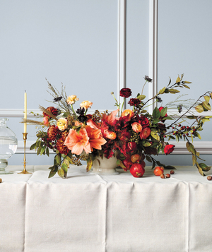 Horizontal bouquet centerpiece