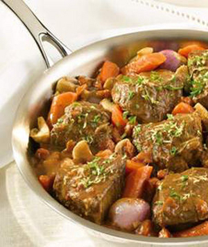 Braised Beef with Shallots and Mushrooms