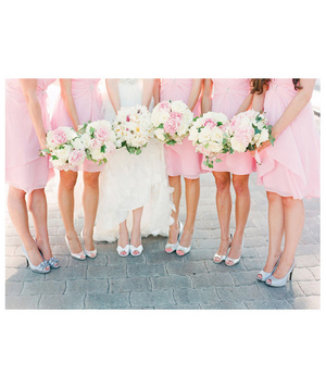 Bridesmaids in pink dresses