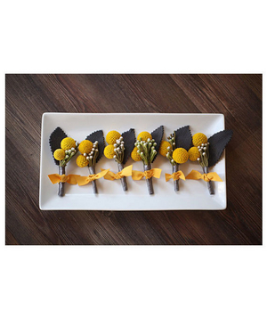 Modern boutonniere in shades of grey and golden yellow