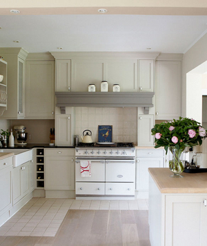 Charming Neutral Kitchen