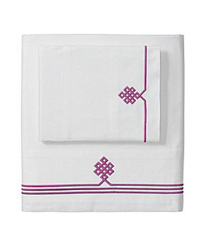 Berry Gobi Embroidered Sheet Set
