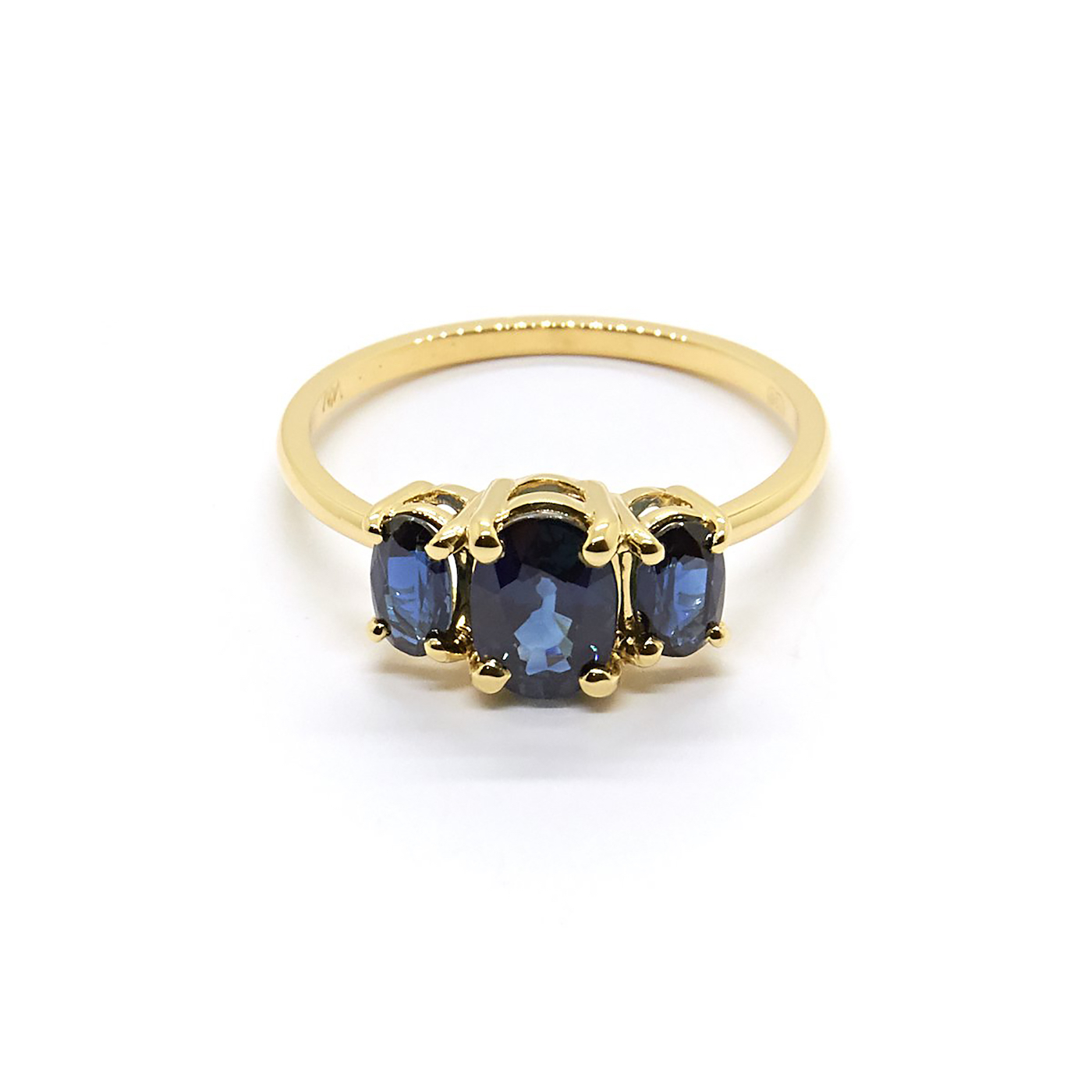 natalie marie jewellery nblue sapphire unique engagement rings