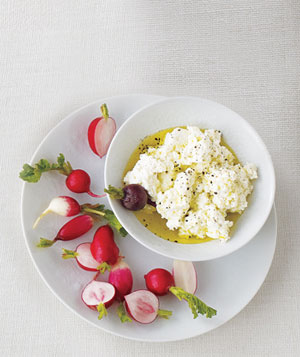Radishes With Creamy Ricotta