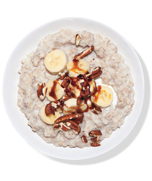 Oatmeal With Banana and Molasses