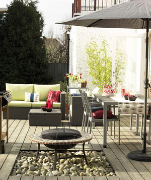 grey inspired outdoor living and dining area - Outdoor Design Ideas