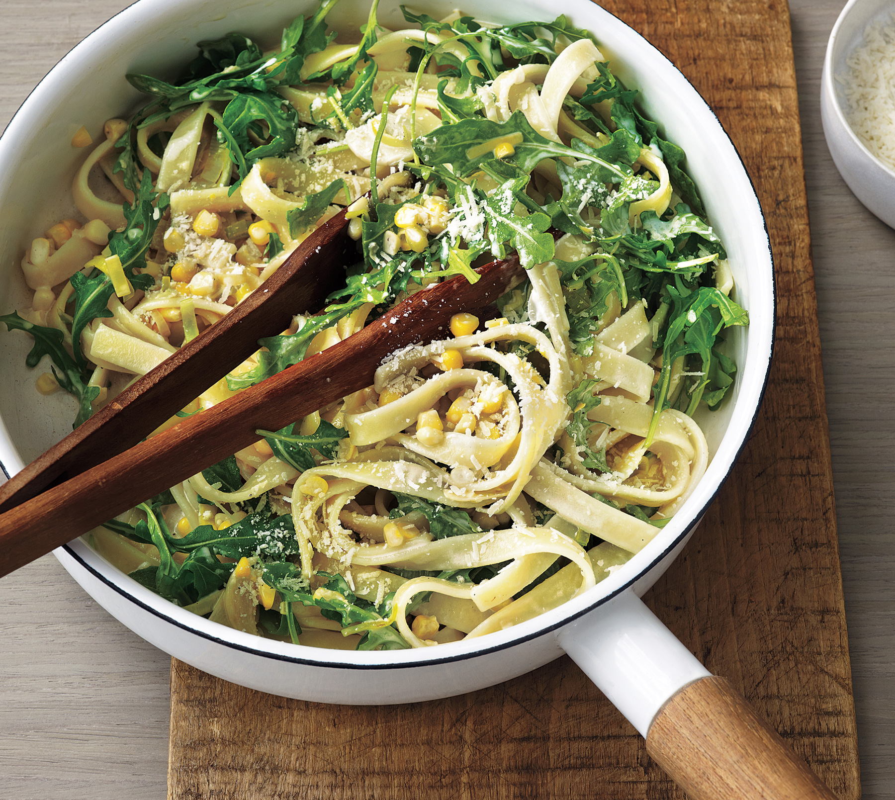 Creamy Fettuccine With Leeks, Corn, and Arugula