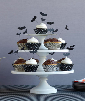 Black and white Halloween cupcake tower