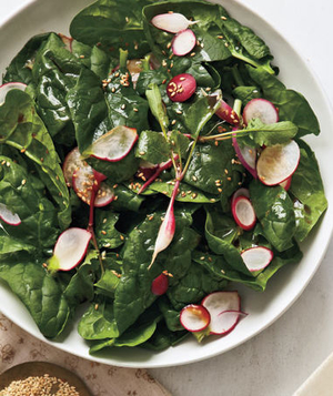 Spinach and Radish Salad With Sesame