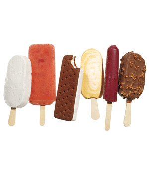 Group of 6 popsicles and ice cream bars silo
