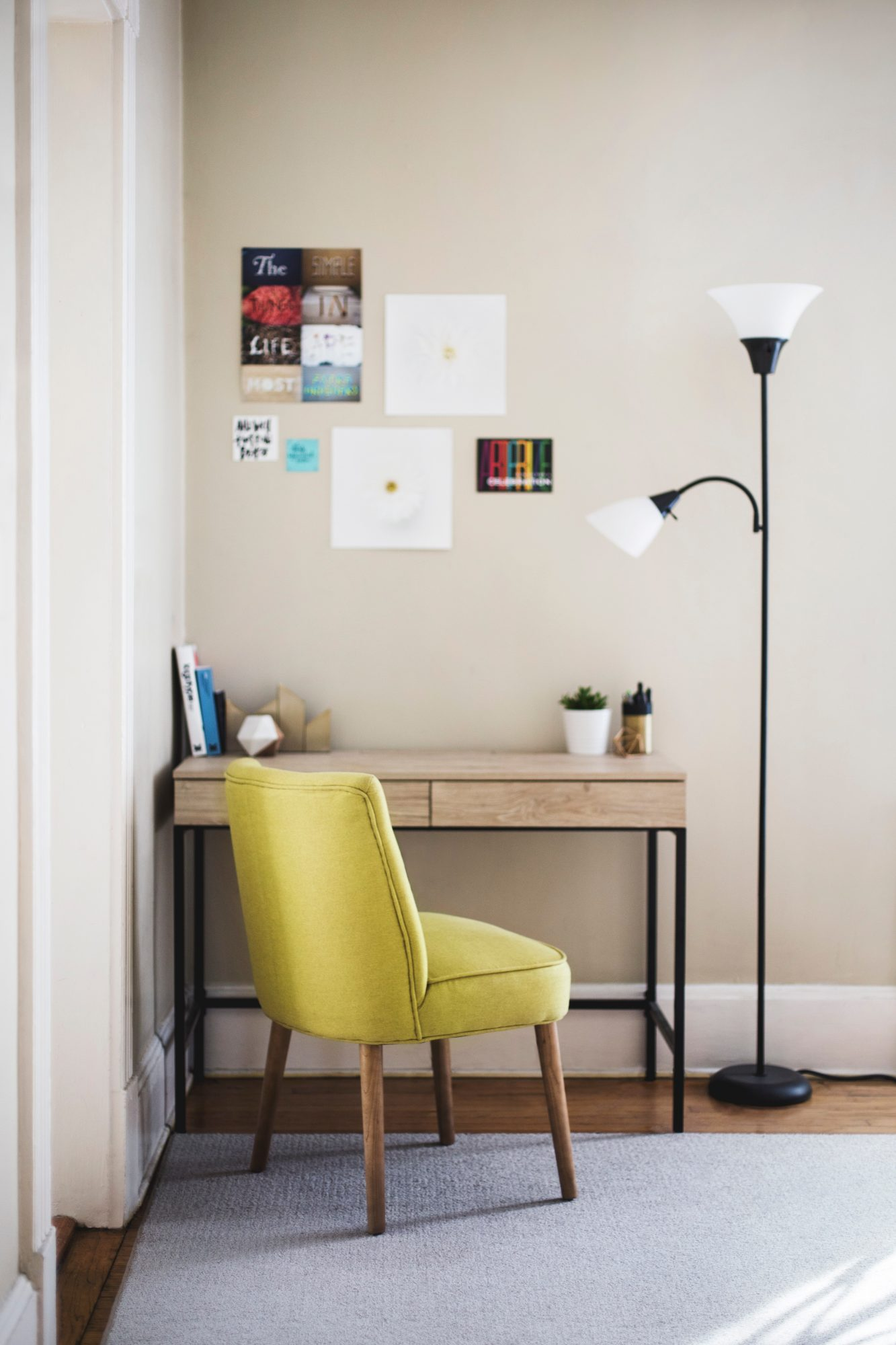 Home Office Decor For Private Impression: 17 Surprising Home Office Ideas