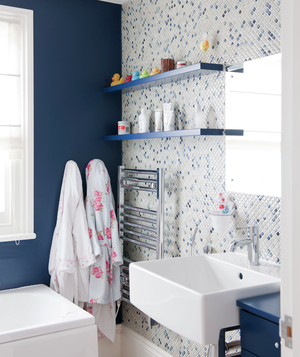 Bathroom With One Navy Wall And One Blue And White Mosaic Tile Wall Part 50