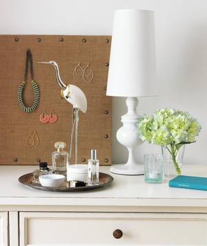 Dresser top with bird jewelry holder, tray, white lamp