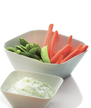 Creamy Yogurt Dip With Vegetables