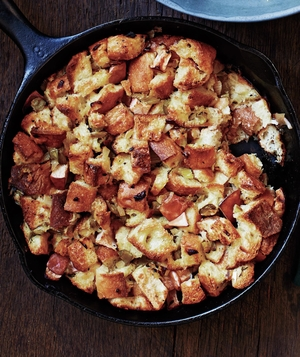 Skillet Apple Stuffing
