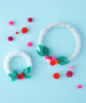Mini wreaths made from pipe cleaners
