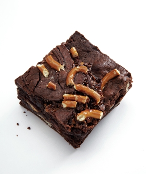 Pretzel Turtle Brownie