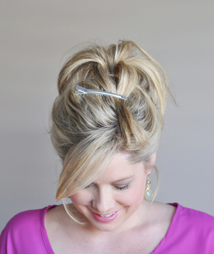 Perfect bun hairstyle step 3