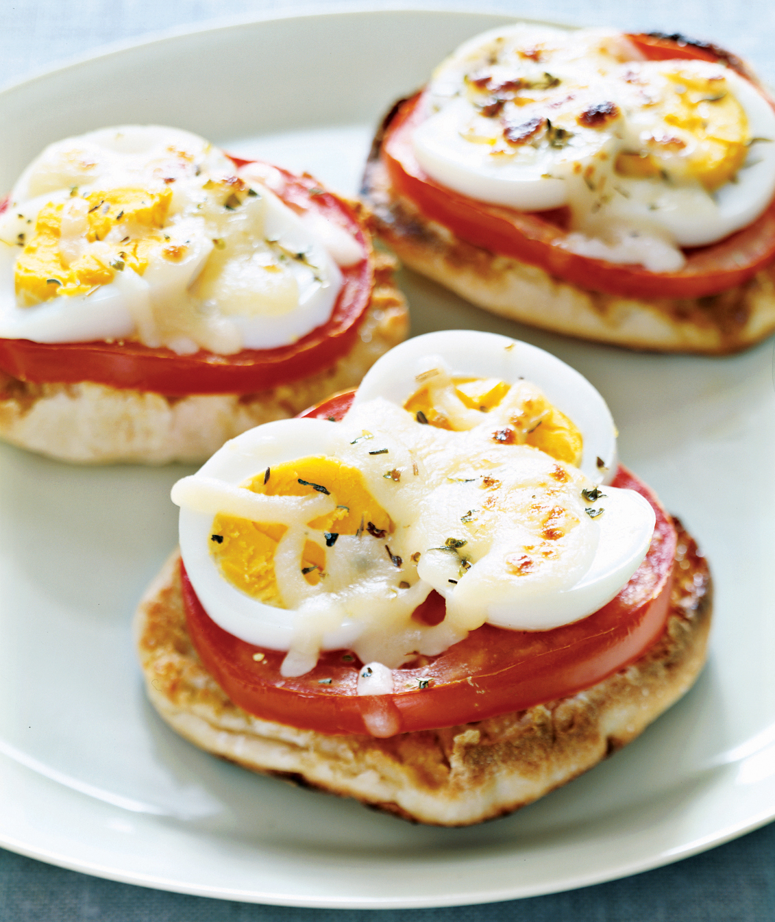 10 easy breakfast recipes for kids real simple english muffin egg pizzas forumfinder Gallery