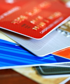 6 Times Credit Cards Can Help You Financially