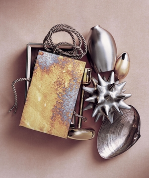 metallic-home-decor