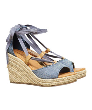 American Eagle Outfitters Ankle Wrapped Wedge Espadrille