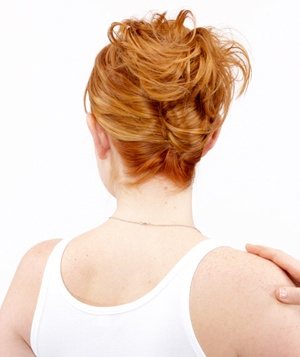 How to do an easy french twist real simple step 5 of the easy french twist solutioingenieria Gallery