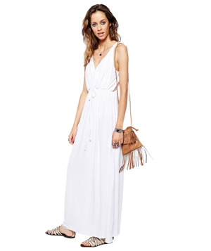 6 White Dresses to Buy Right Now