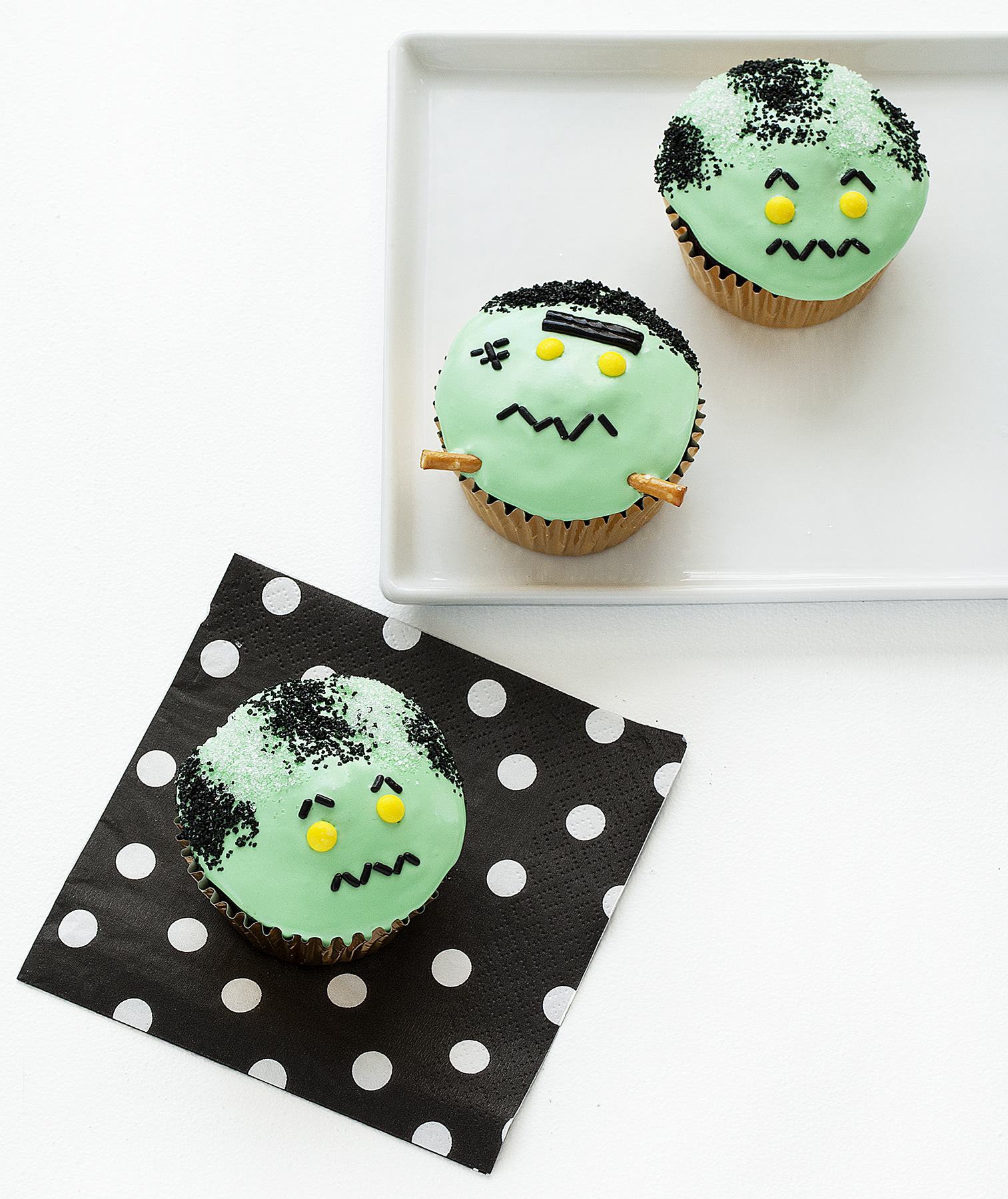 Bride of Frankenstein Cupcakes