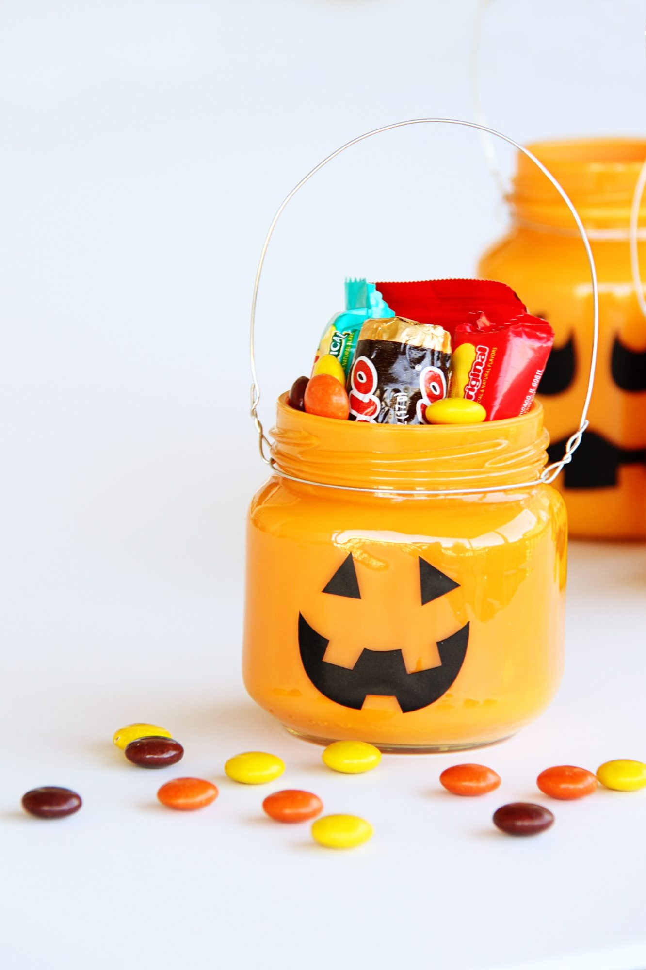 Treat-Filled Pumpkin Jars