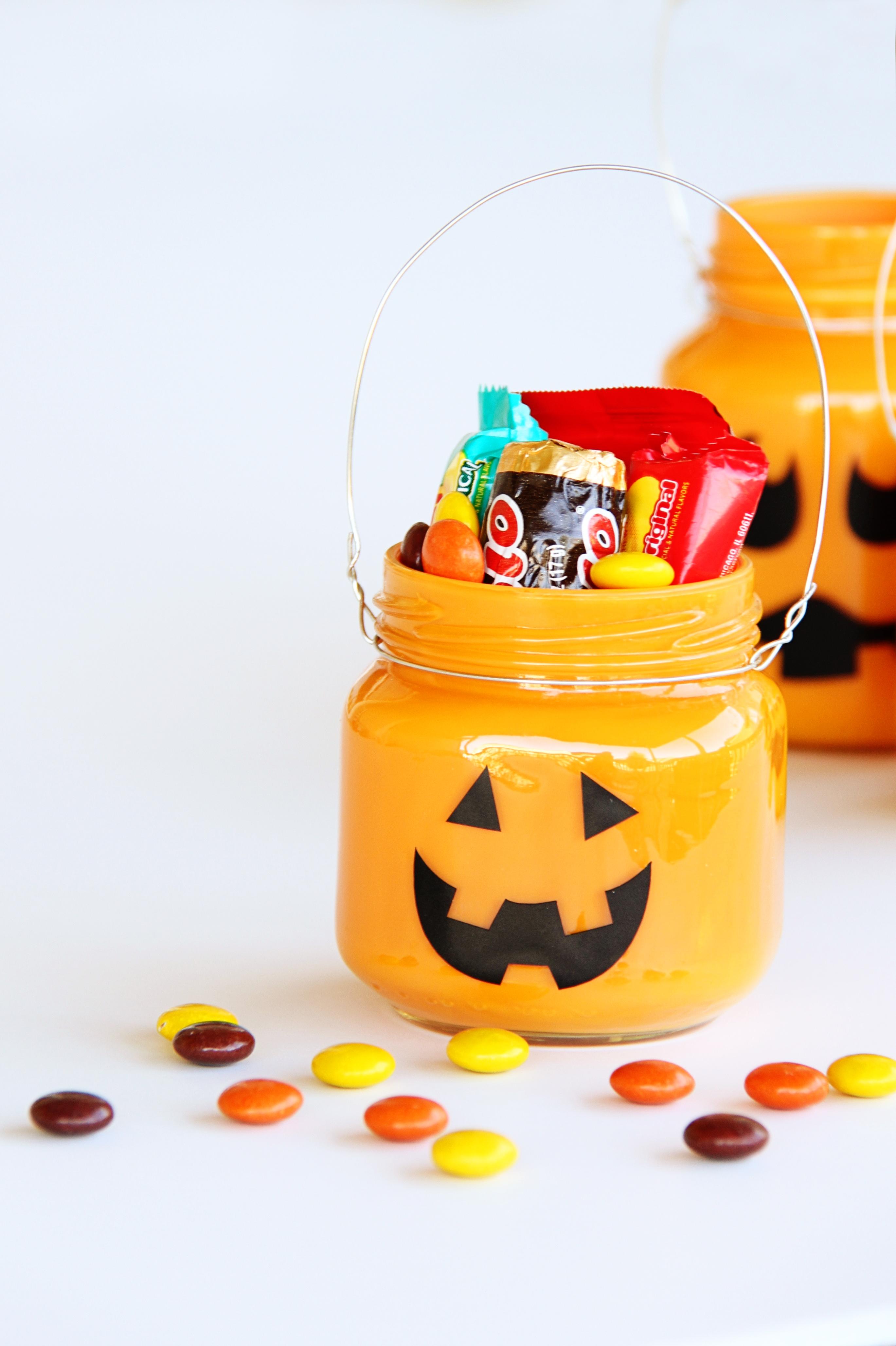 Treat-Filled Pumpkin Jars