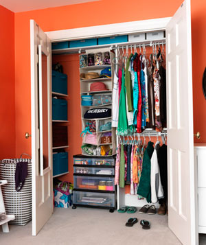 Teenager's organized closet