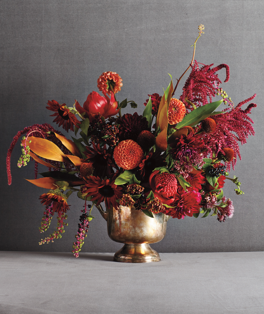 asymmetrical mix of red and orange flowers - Floral Design Ideas