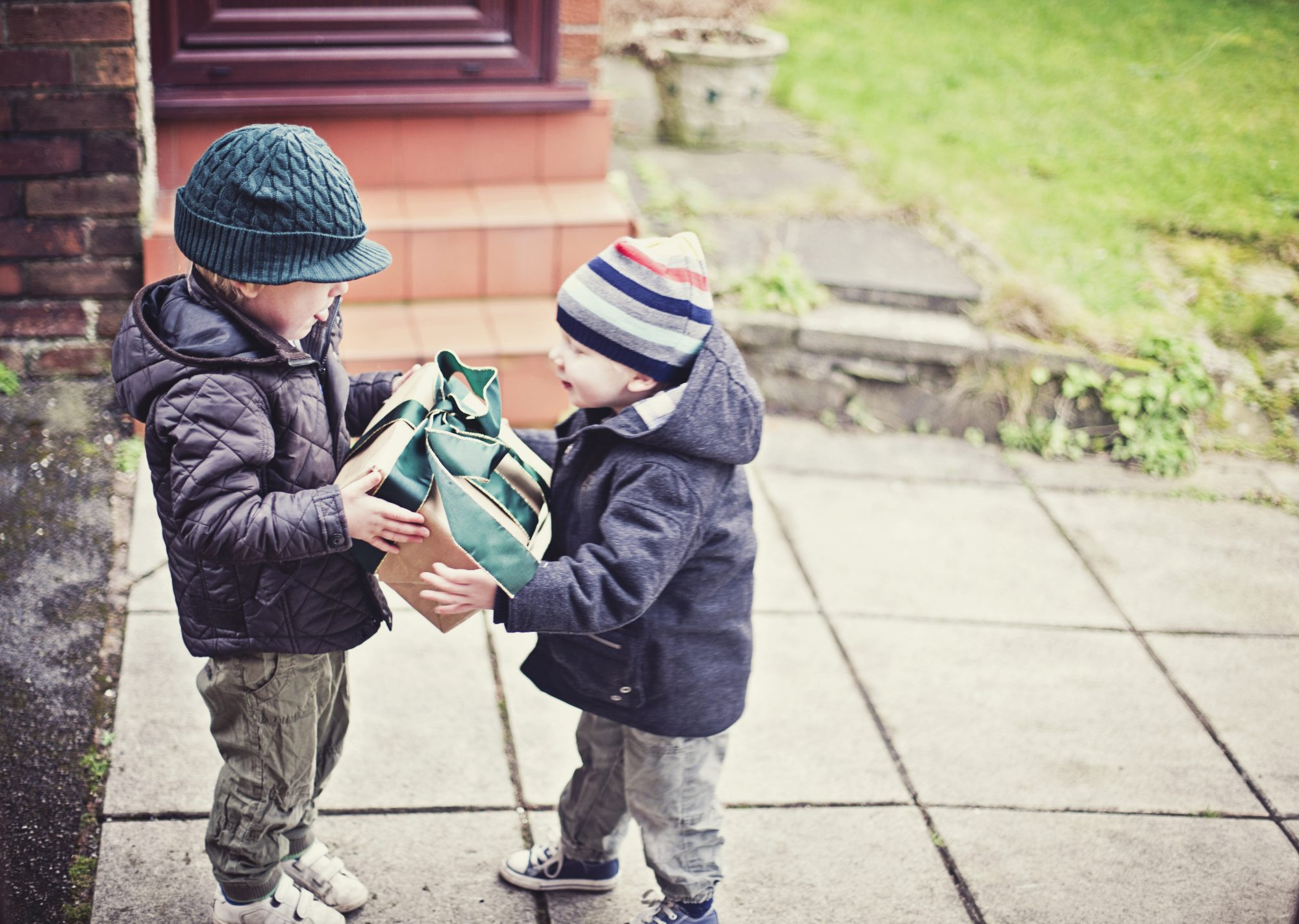 7 Habits of Thoughtful Gift Givers