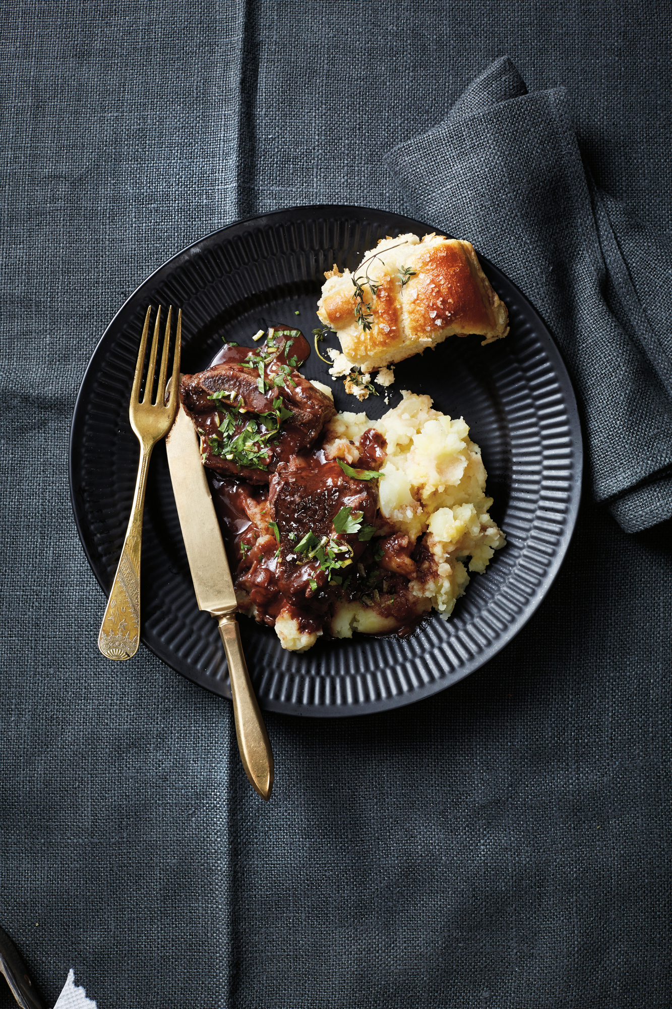 Pressure-Cooker Short Ribs with Mashed Potatoes